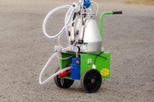 Доильный аппарат для коров АИД-2